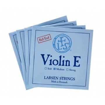 Larsen Original Violin String Set